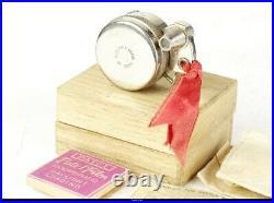 Camera Sakura Seiki Petal Mint Box