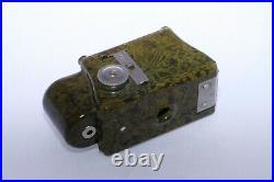 Coronet Midget 16mm compact bakelite collectible camera. Khaki, Ex+. Circa 1935