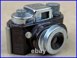 Croma Color 16 Brown Sub-miniature Camera c. 1950 with Case Rare