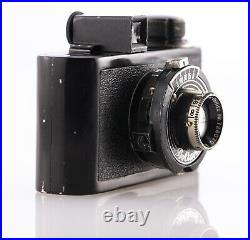 Vintage Boltavit Black Subminiature Meyer Gorlitz Trioplan 3.5 F4cm Film Camera